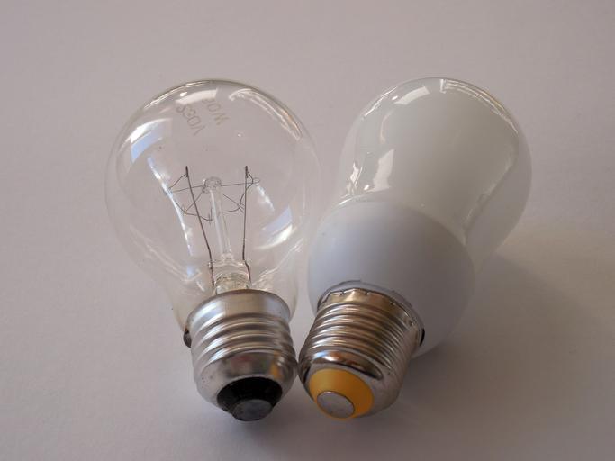 Dvě žárovky